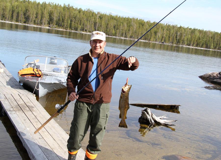 рыбалка в июле на пяозере